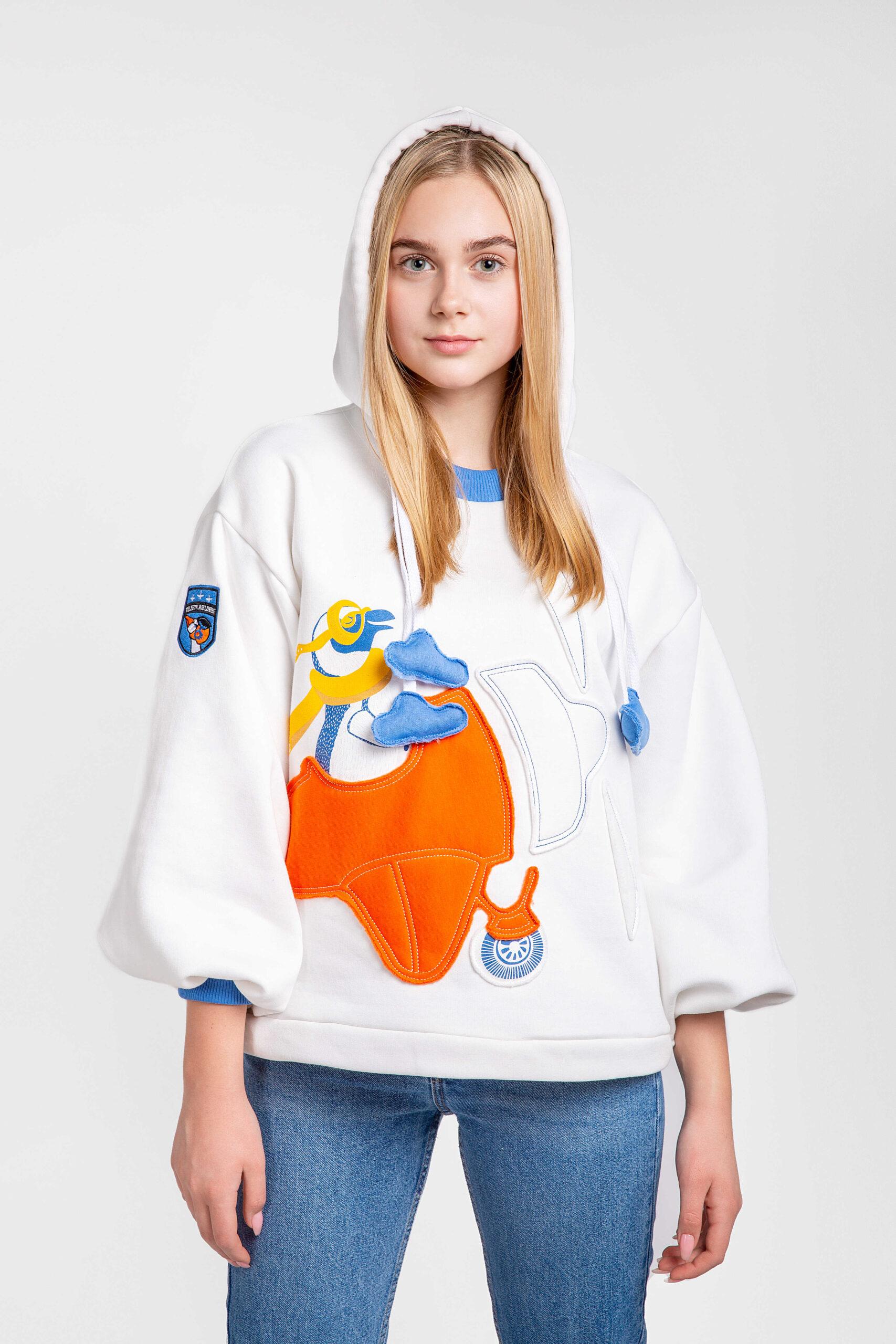 Жіноче Худі Пінгвін. Color white.  Розмір на моделі: S/M.